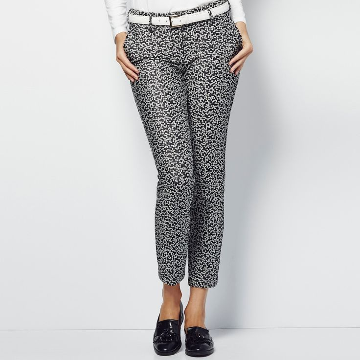 A modern update to the classic golf pant that brings a traditional look to the golf course and your modern lifestyle beyond the course. With a more streamlined cut that is incredibly flattering, these