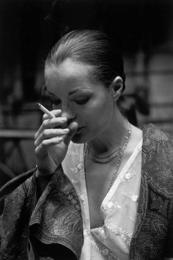 Portrait of Romy Schneider on the set of L'important c'est d'aimer directed by Andrzej Zulawski, 1975. Photo by Jean Gaumy