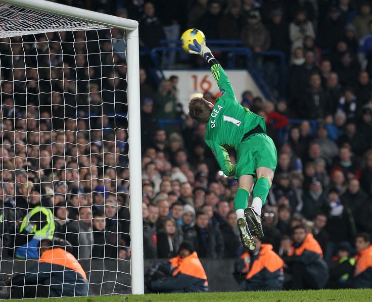 De Gea v chelsea producing his most spectacular save.