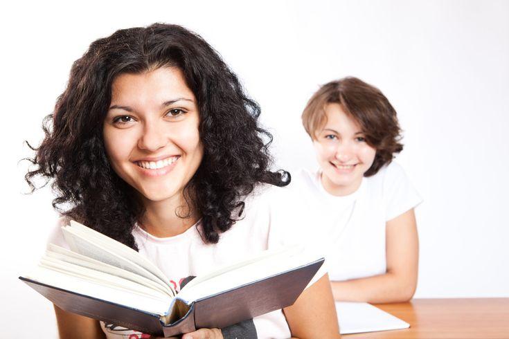Êtes-vous sûr de connaître les différents groupes de verbes? Vous direz probablement que l'essentiel est de savoir conjuguer les...