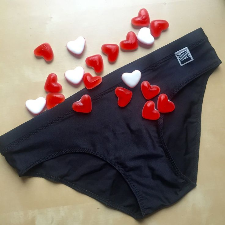 Panties, in black and red too.. Perfect swimsuit with bikini bra or ballet top.. #siluetyogawear #madewithloveforyou
