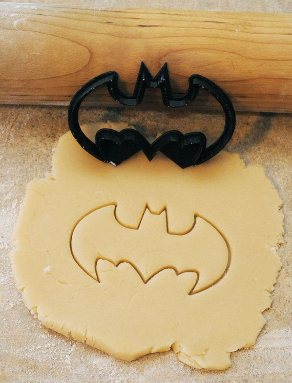 Hey, I found this really awesome Etsy listing at http://www.etsy.com/listing/152849321/3d-printed-batman-cookie-cutter-3-12