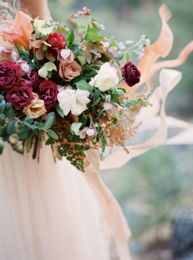 Beautiful autumn wedding bouquet: http://www.stylemepretty.com/2015/11/27/autumn-bridal-session-in-yosemite-national-park/ | Photography: Cassidy Carson