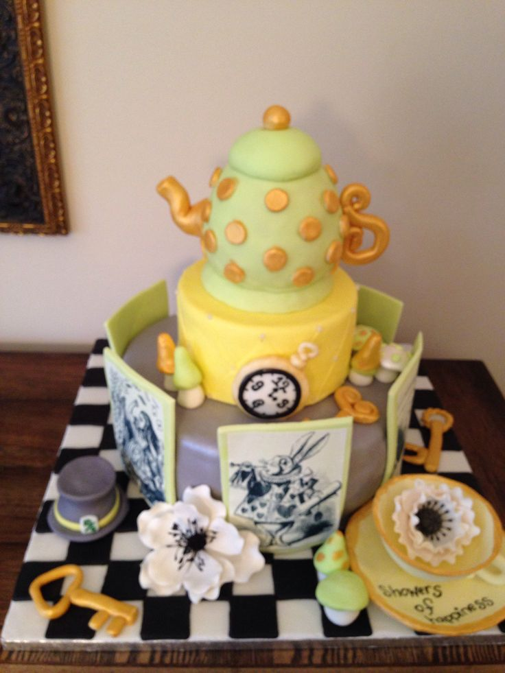 alice in wonderland shower cake my own baking and my own diy projec