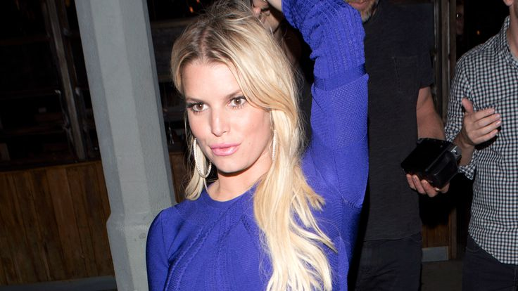 Jessica Simpson Flashes Toned Midriff On Sexy Date Night With Husband Eric Johnson