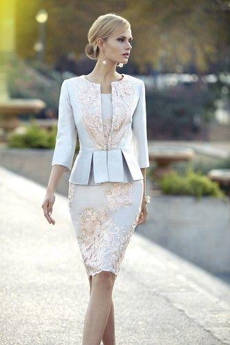 Kostým pre svadobnú mamu Svadobný salón valery, dámsky kostým, spoločenský kostým, šaty na svadbu, svadobná mama, nevesta, požičovňa šiat,