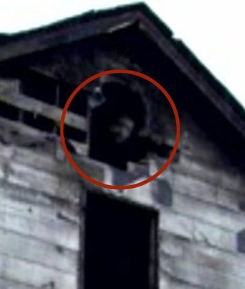 13 Of The Most Eerily Convincing Ghost Pictures We've Ever Seen                                                                                                                                                                                 More