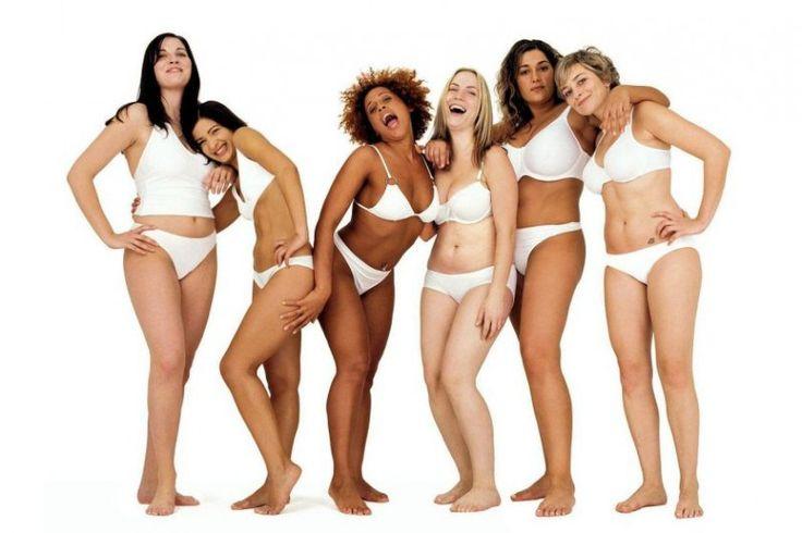 """Grassi vs Magri: il modello che trasmettono le modelle. L'argomento delle modelle troppo magre è ormai noto, ma si sono fatti meno passi avanti di quanto si pensa. E la """"novità"""" di modelle ben oltre il """"curvy"""", fa molto discutere.  Recentemente ho notato come ragazze giovani che si trovano a raggiungere la celebrità siano portate a perdere sempre più peso, fino a raggiungere un corpo che proprio..."""