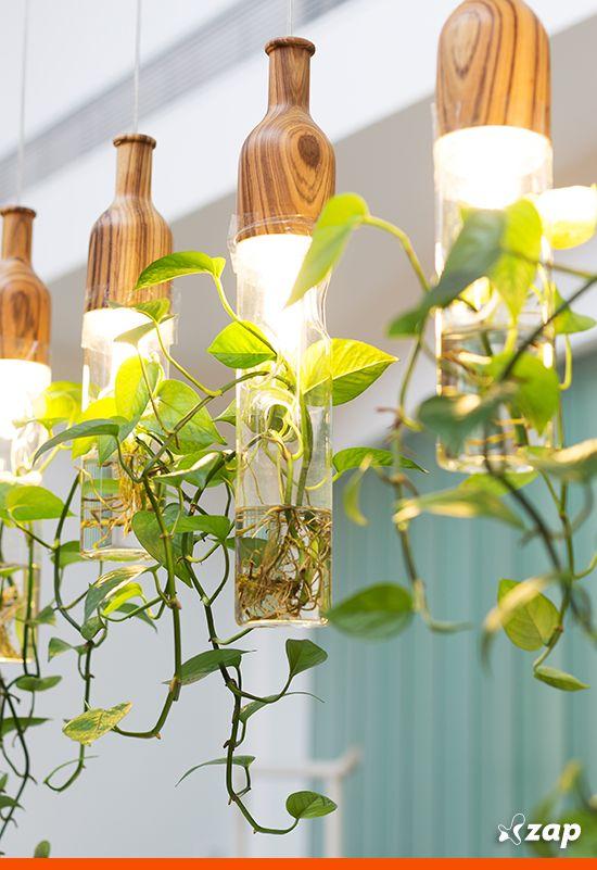 Você curte ideias diferentes para a decoração de casa?! Inspire-se nos jardins verticais que separamos pra você.