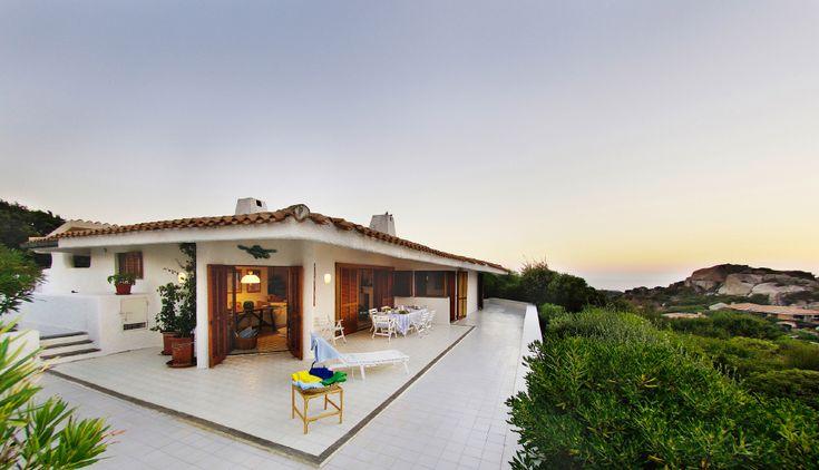 Oltre 1000 idee su case al mare su pinterest case sulla for Seconde case impero in vendita
