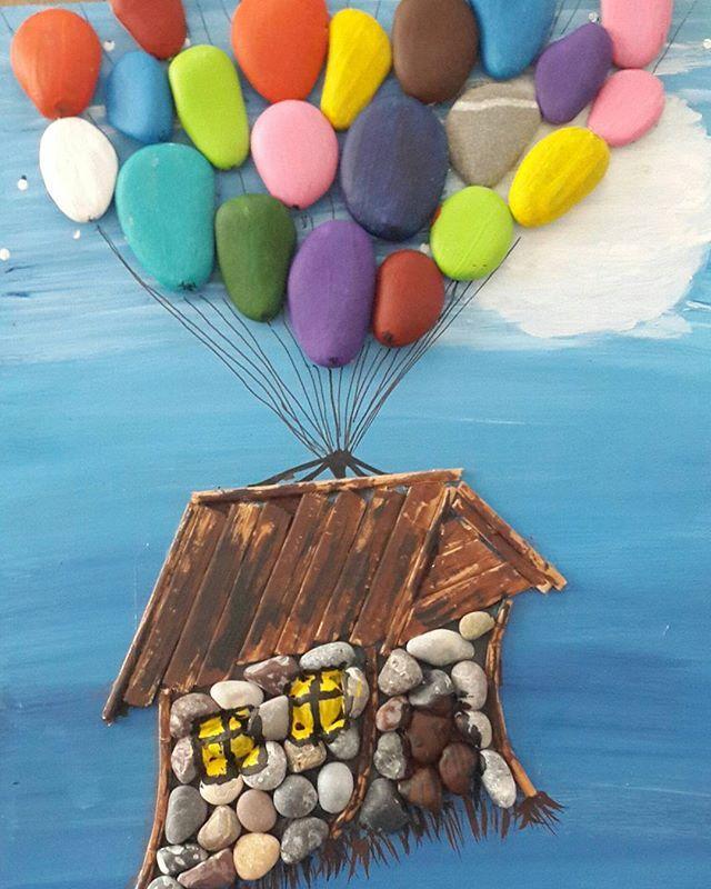 Yukarı bak filminden afiş tasarımı. 20x25 ebatlarında,taş akrilik boya ve ahşap... #ahşapboyama #taşboyama #handmade #taştablo #kendinyap #sahilsanat #homedekor #atölye #dekor #dekorasyon #homesweethome