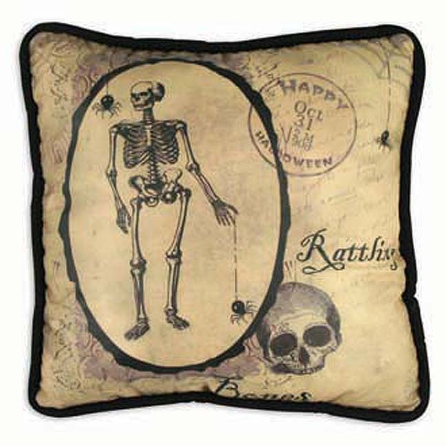 i love bayberry coves halloween pillows thery are so eerie and look very vintage - Halloween Pillows