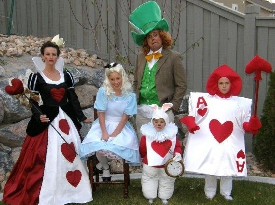Alice In Wonderland |  Family Halloween Costumes That Will Make You Want To Have Kids