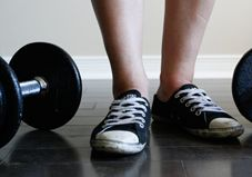 Which Shoes Are Best for Weight Lifting? Hi ho, hi ho, back to the gym I go!!!