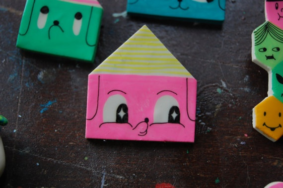 in the dog house-- love these!!!: Dog Houses, Dogs Houses
