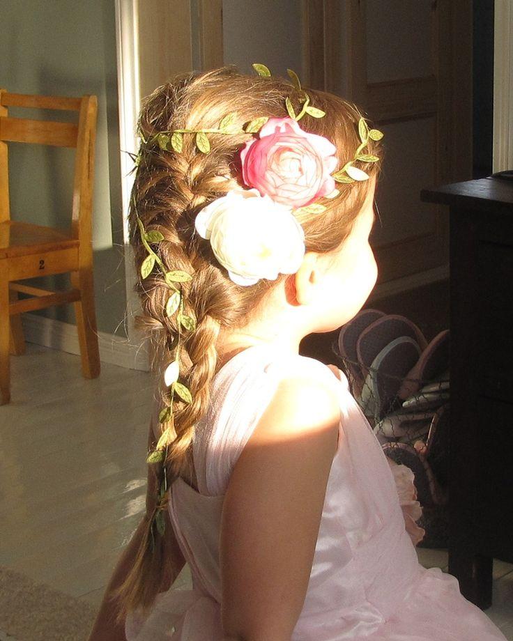 Lovely little girl hair braids and flowersLittle Girls, Princess Hair, Hair Braids, Girls Hairstyles, Flower Girl Hairstyles, Flower Girls, Cute Hair Styles, Cute Hairstyles, Little Girl Hair