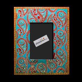 Coloured ethnic photo frame 22€
