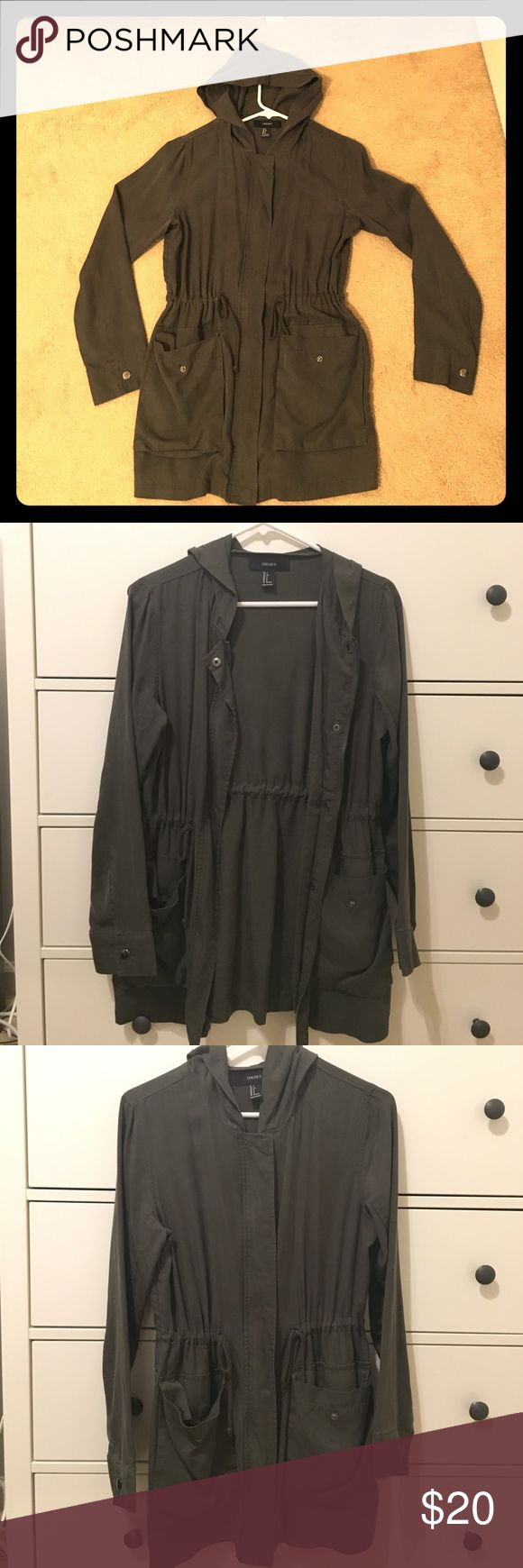 Forever 21 woman's light jacket Forever 21 women's light utility jacket in a very good condition. Forever 21 Jackets & Coats Utility Jackets