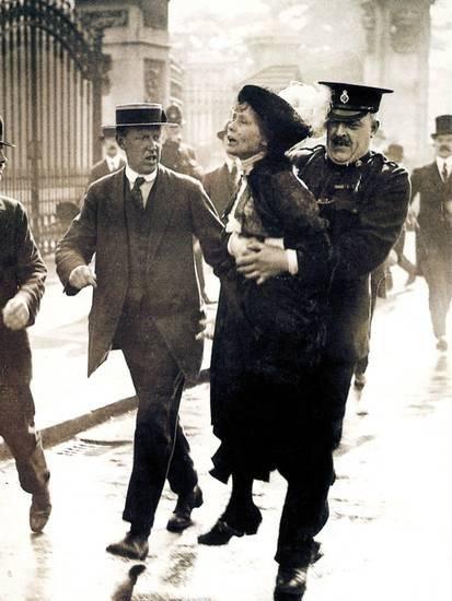 Emmeline Pankhurst Photographic Print at AllPosters.com