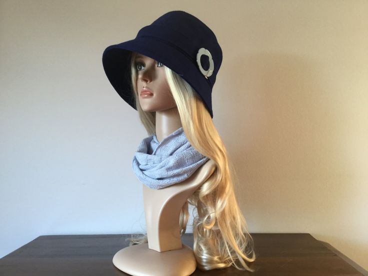 Blue woolen 1920s-inspired cloche hat, size 58 to 60 cm - pinned by pin4etsy.com
