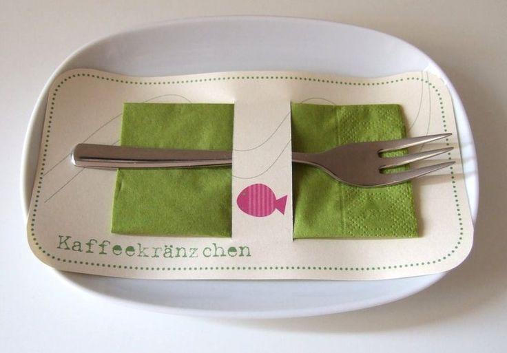 Eine wunderschöne Bestecktasche für eine tolle und komplette Tischdekoration. So kann die Serviette und die Kuchengabel hübsch verpackt auf der Festta
