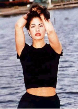 TejanoReina8 uploaded this image to 'Photo Shoots/1994/Beach'.  See the album on Photobucket.