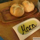 La Macarena bread and oil