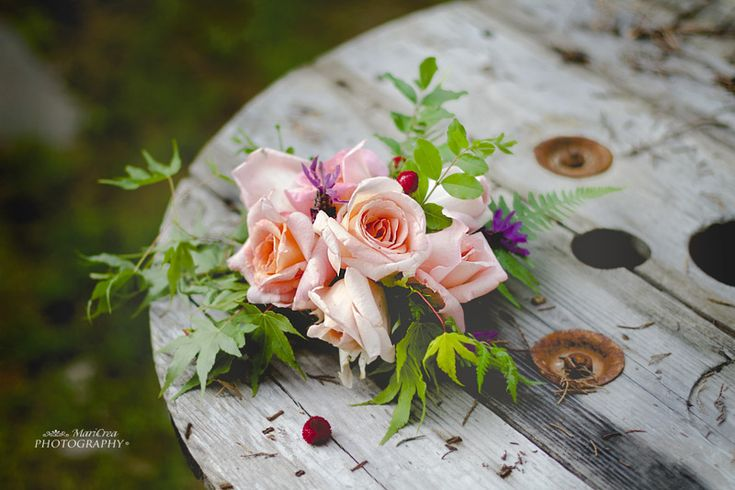 Floral arrangement-I want to thank you all who follow and read here. ♡༺♥༻ Annamaria༺♥༻♡