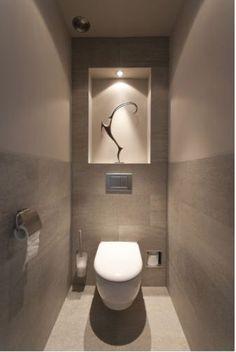 Mogelijke indeling achterwand toilet, leuk met verlichting erin.