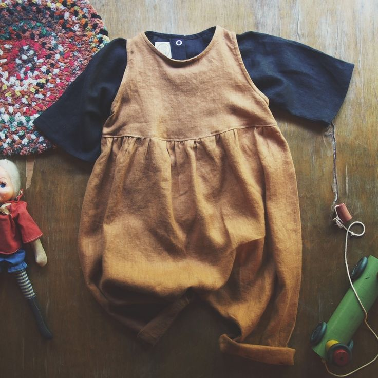 Red Creek Handmade is a Canadian company that makes handmade 100% linen clothing on their homestead in Squamish, B.C.