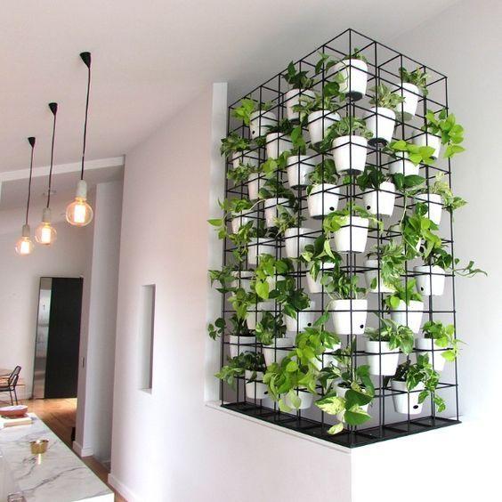 30 Modern and Elegant Vertical Wall Planter Pots Ideas | Garden wall ...