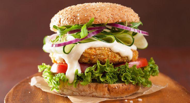 Hamburger: 10 salse da abbinare    #LeIdeediAIA #AIA #peperoni #peperone #limone #salsa #bbq #grigliata #carne #olio #basilico #sale #pepe #cucina #cucinare #cook #cooking #food #foodie #eat #eating #love #like #yum #yummy #italianfood #americanfood #patatine