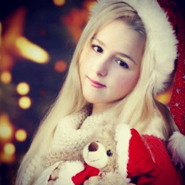 chloe lukasiak instagram