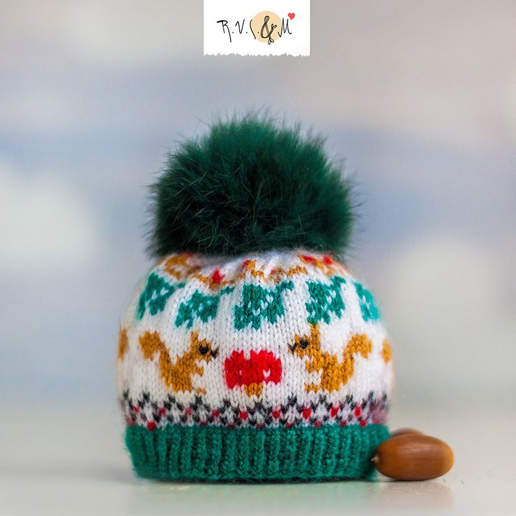 Green Hats for Blythe with squirrels and with green pompom made of genuine fur. by RVSandM on Etsy