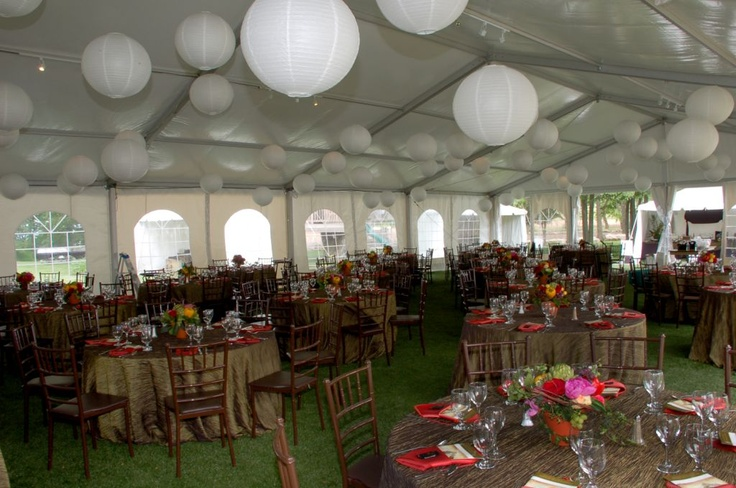LANTERNS IN STRUCTURE TENT
