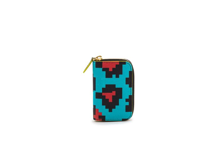 Azzurra Grochi spring/summer bags collection, pixel wallet