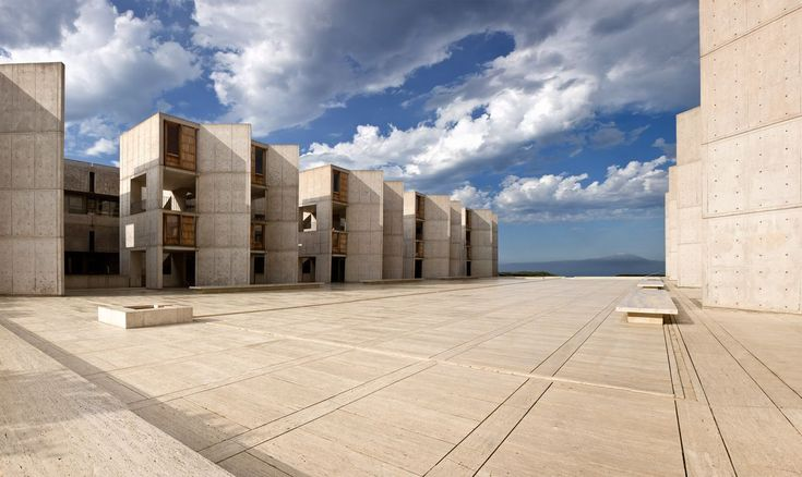 View of the central plaza at the Salk Institute for Biological Studies, looking towards the south study towers. (Courtesy © Salk Institute for Biological Studies)