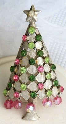 Vintage Christmas Tree Pin ~ green & pink