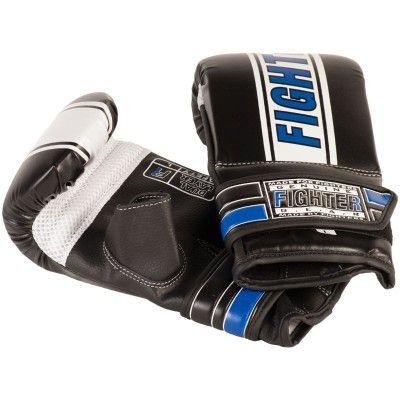 Fighter Säckhandske Speed är en förböjd säckhandske i fyra snygga färger med bred handledsrem för ökat stöd och kraftig kardborrelåsning.