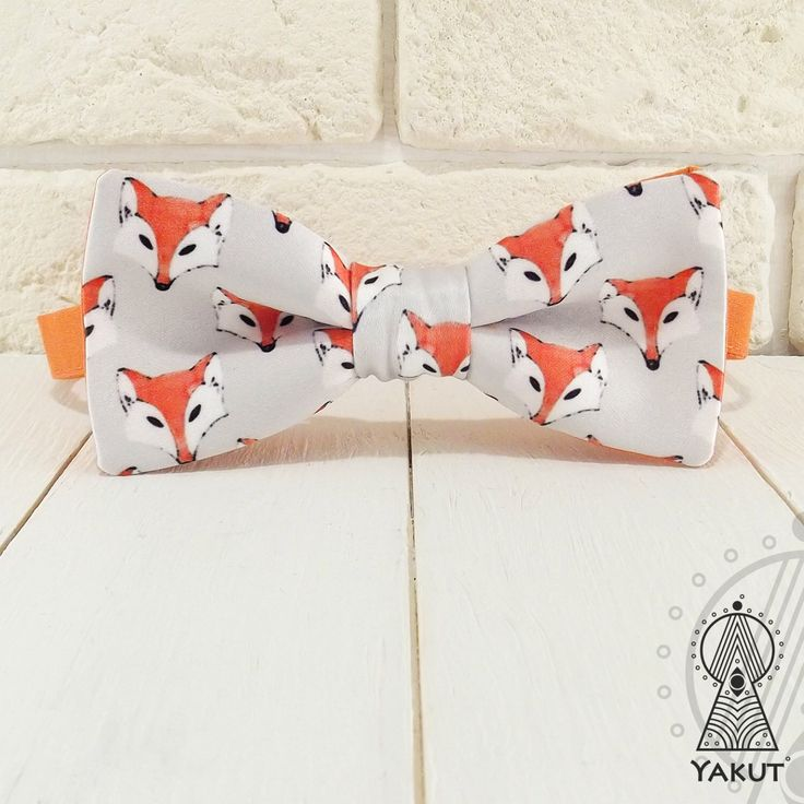 Bow Tie Watercolor foxes, Bowtie, Creative bow tie, Orange bow ties, Funny bow tie, Cute foxes, Cute bowtie, Foxes pattern, Watercolor print by BowTieYAKUT on Etsy https://www.etsy.com/listing/399774185/bow-tie-watercolor-foxes-bowtie-creative