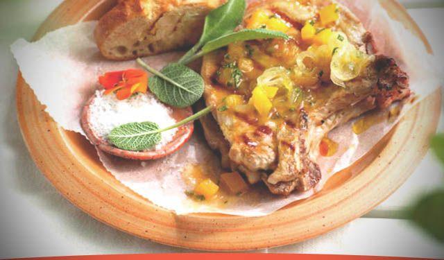 Receta de Chuletas de cerdo con guarnición de melocotón