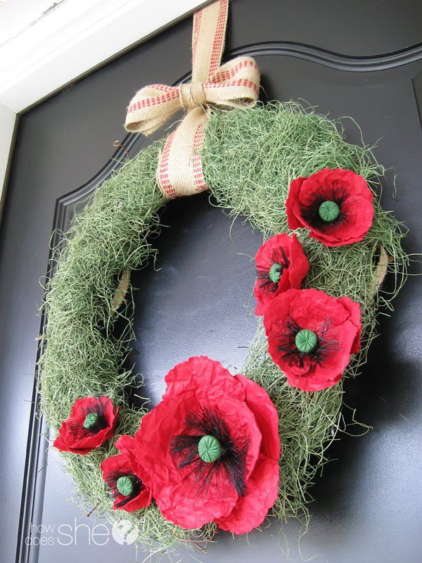 Paper poppy wreath