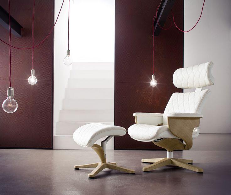 Relax-Sessel Groovie II mit Hocker Absolut hochwertig verarbeiteter bequemer Wohnsessel in ansprechendem Design. Ein zeitloses Möbelstück zum Entspannen mit raffinierten Details für einen erstklassigen...