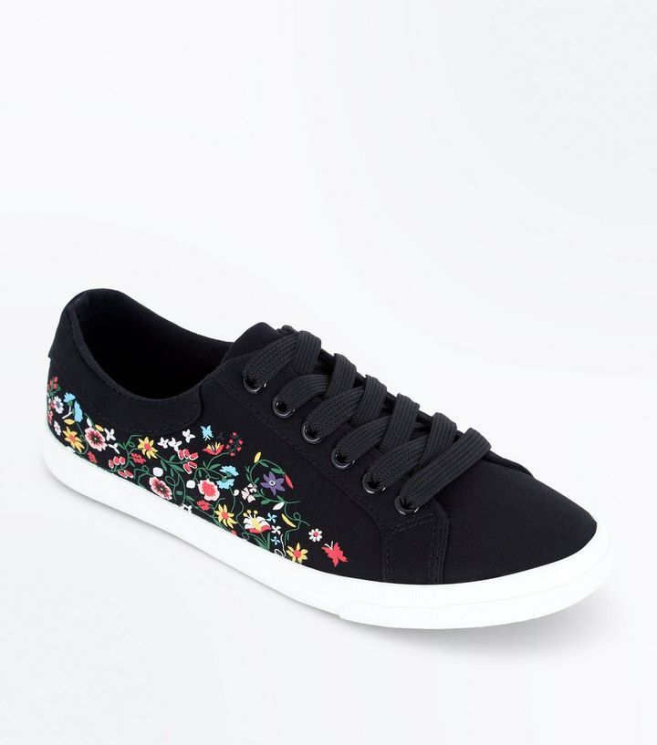Z2018  Black Floral Print Lace Up Trainers | New Look