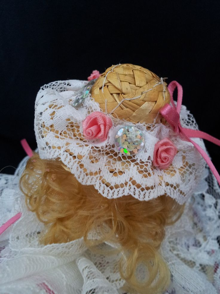 The Sweet Belle. Detail view. Collectable Pin Cushion Doll. Material: Cotton & Lace. $25.00CAD + S/H if applicable. $0.00 Tax. Please contact Nola at: https://www.facebook.com/elegantcreationsbynola for purchase