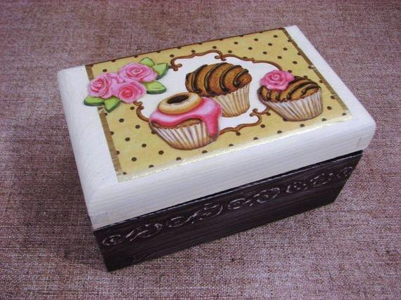 Tea box. 3d decoupage, Shabby Chic. $30.00, via Etsy.