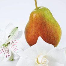 """""""Kukkia"""" Forbidden Fantasy """"Flirt"""" Leikkisä viattomuus kohtaa uuden rakkauden. Valkoiset kukkaistuoksut yhdistyvät hedelmien ja myskin aromeihin."""