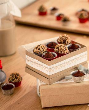 Schokoladige Pralinen, eine schöne Geschenkidee zu Weihnachten