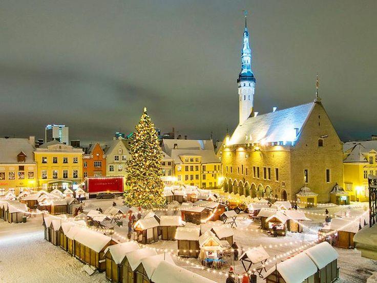 Tallin karácsonyi vásár   Fotó: wikipedia.org