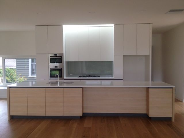 CABINETRY BY Carter West Cabinets - http://carterwestcabinets.com.au/  STONEWORK BY Granite Planet - http://graniteplanet.com.au/